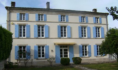 Recently restored Maison de Ma�tre